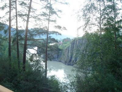 река.jpg (217 kb)