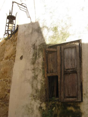 старое окно в старом Родосе (3384 kb)