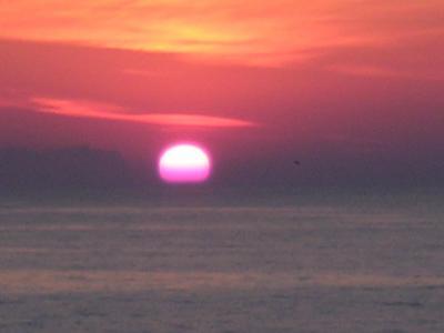 солнце упало в море.jpg (381 kb)