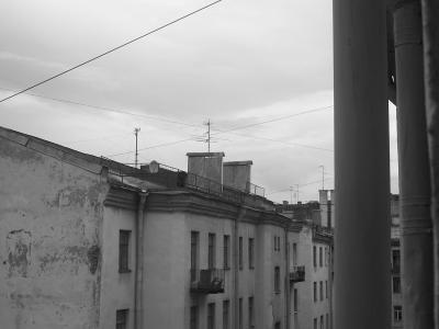 Крыши с четвертого этажа. (394 kb)